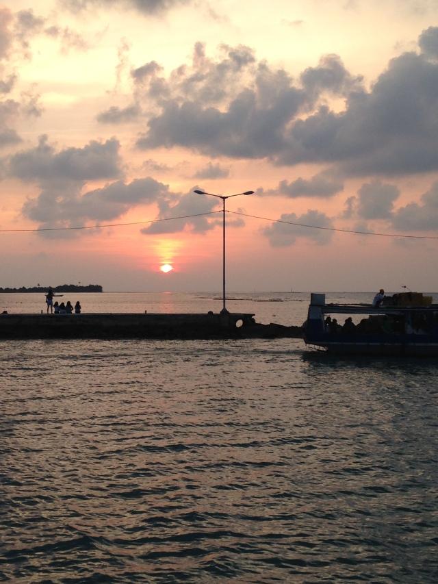 Sunrise di Dermaga Pulau Matahari..