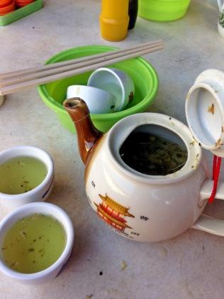 sarapan dengan flower tea..